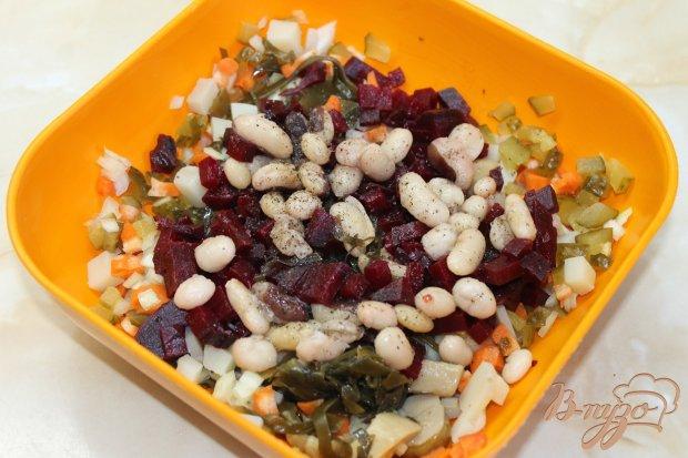 Винегрет с белыми маринованными грибами и морской капустой