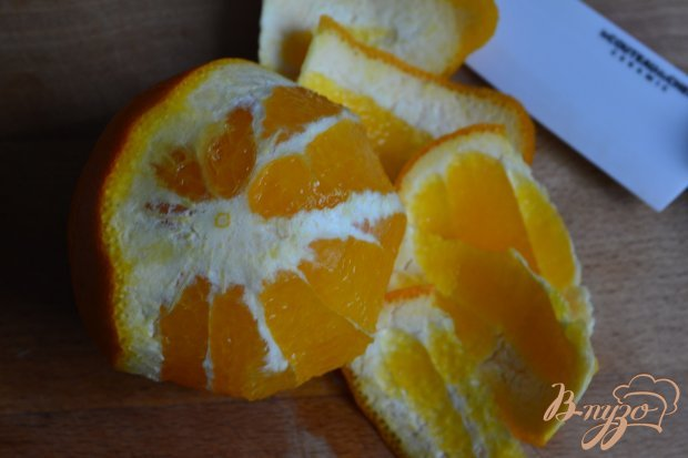Капустный салат с апельсином и семечками