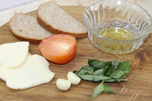 Рецепт Аля чесночная брускета с моцареллой и помидорами
