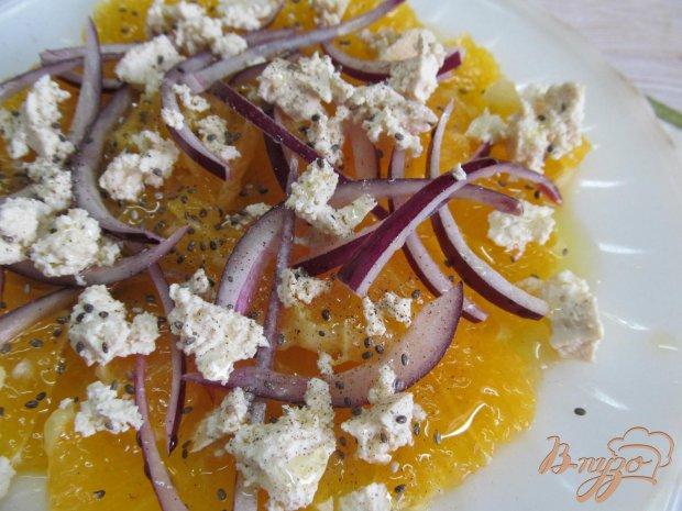 Салат из апельсина лука и брынзы