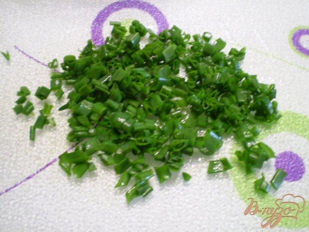 Метелка с оливковым маслом и зеленым луком