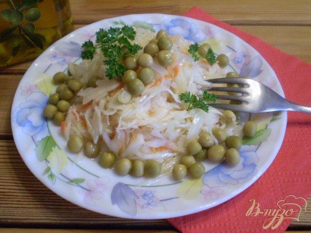 Капустный салат с горошком на кипятке