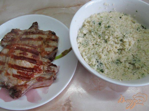 Свиной стейк на сковороде-гриль