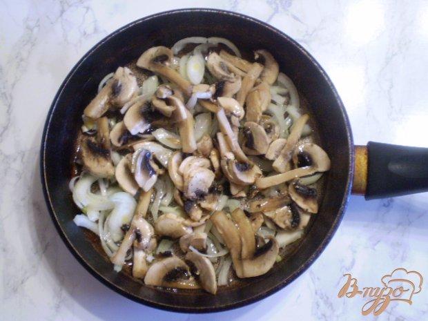 Салат со свеклой грибами и горошком