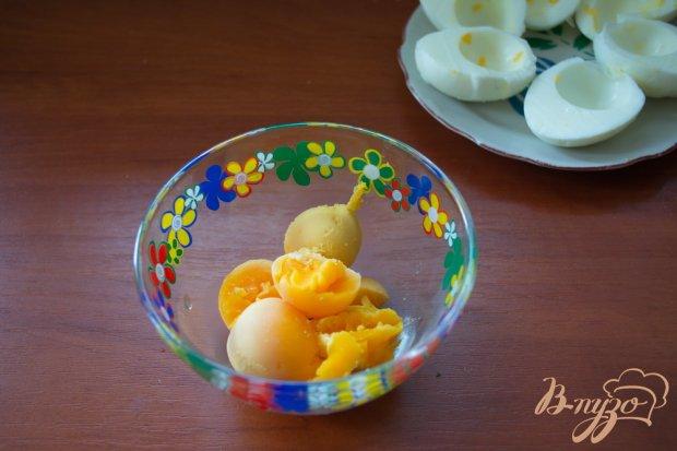 Рецепт Фаршированные закусочные яйца с селедкой