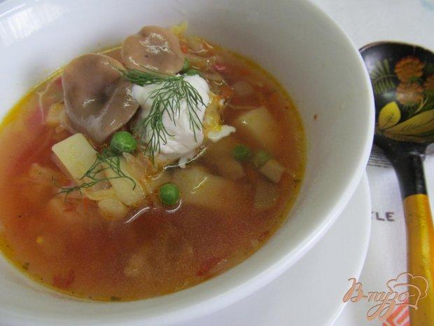 Борщ с маринованными грибами горошком и фасолью
