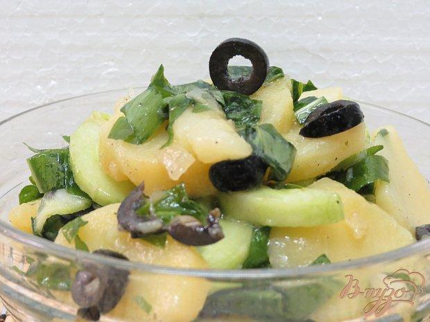 Салат с картофелем и с черемшой