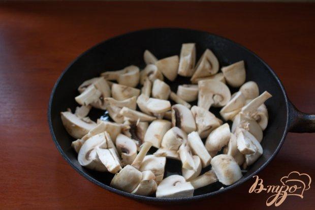 Закусочные шампиньоны с чесноком, укропом и петрушкой