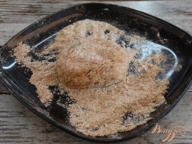 Куриные тефтели с рисовыми хлопьями и начинкой
