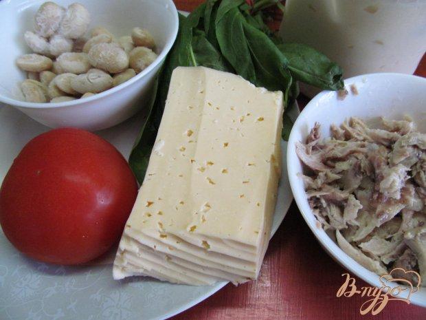 Рецепт Салат из курицы фасоли и помидора
