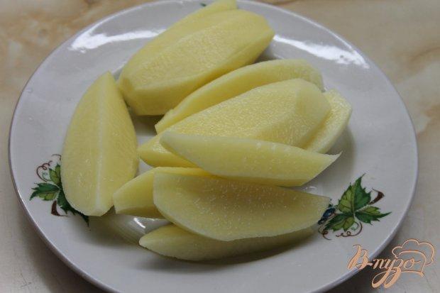 Молодая картофель с овощами запеченная под сыром