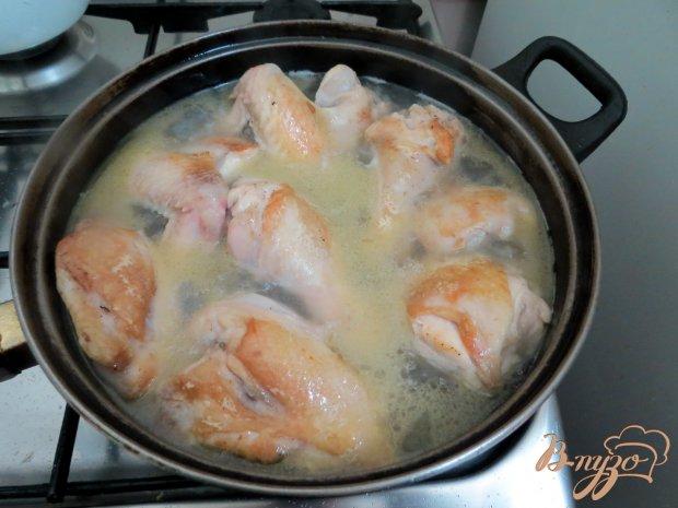 Курица под белым соусом