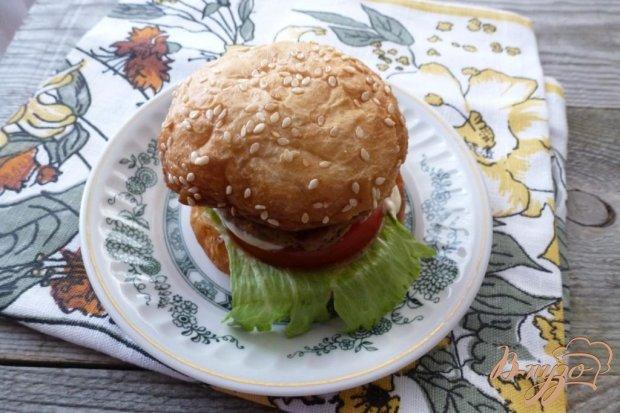 Гамбургеры с жареным луком