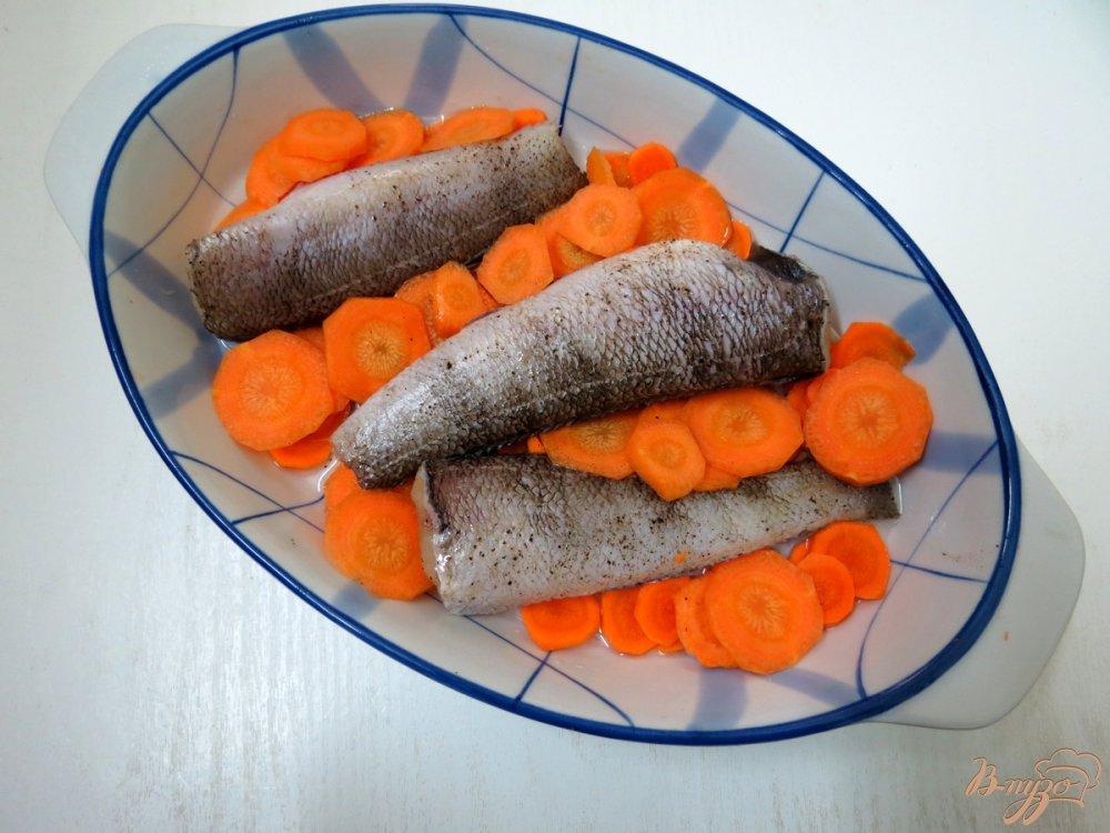 Фото приготовление рецепта: Нототения с овощами в духовке. шаг №4
