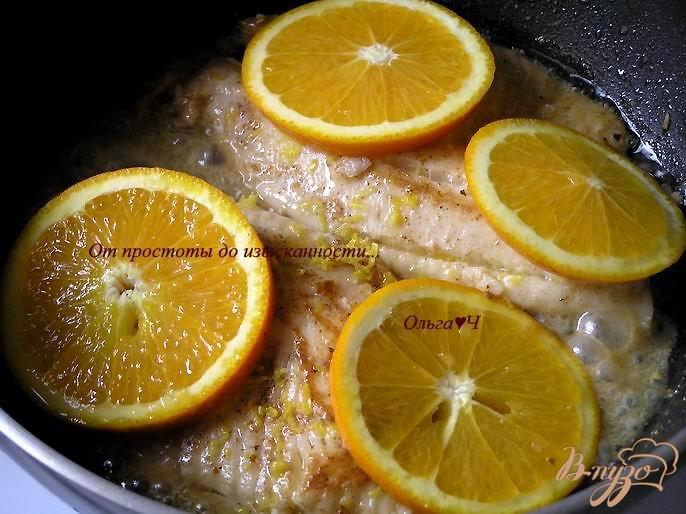 Фото приготовление рецепта: Тилапия в цитрусовом соусе шаг №3