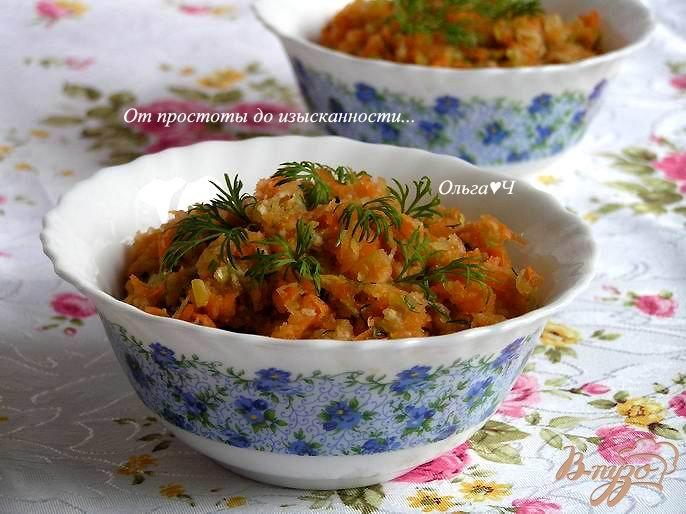 Фото приготовление рецепта: Салат из моркови, редьки и яблока шаг №4
