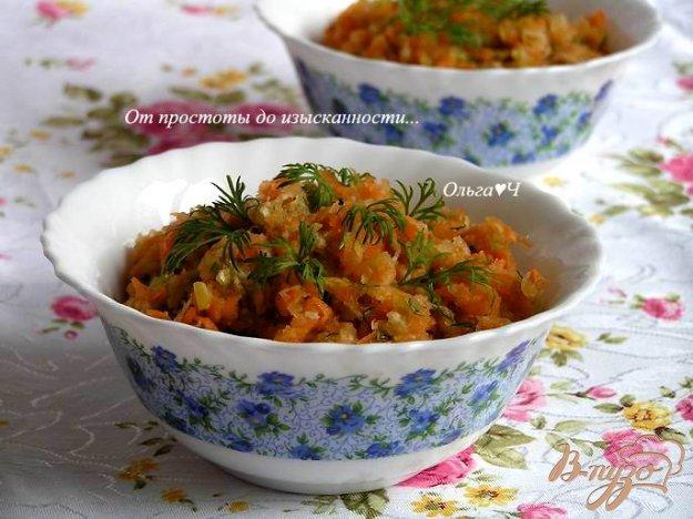 фото рецепта: Салат из моркови, редьки и яблока