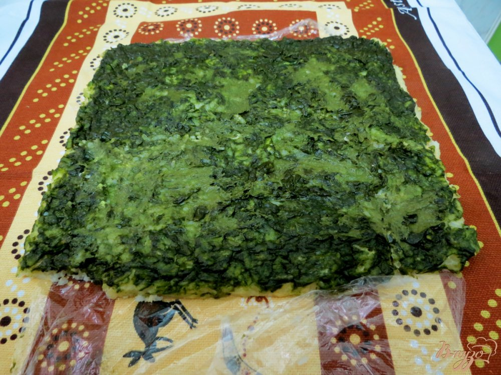 Фото приготовление рецепта: Рисовый рулет с грибами шаг №10