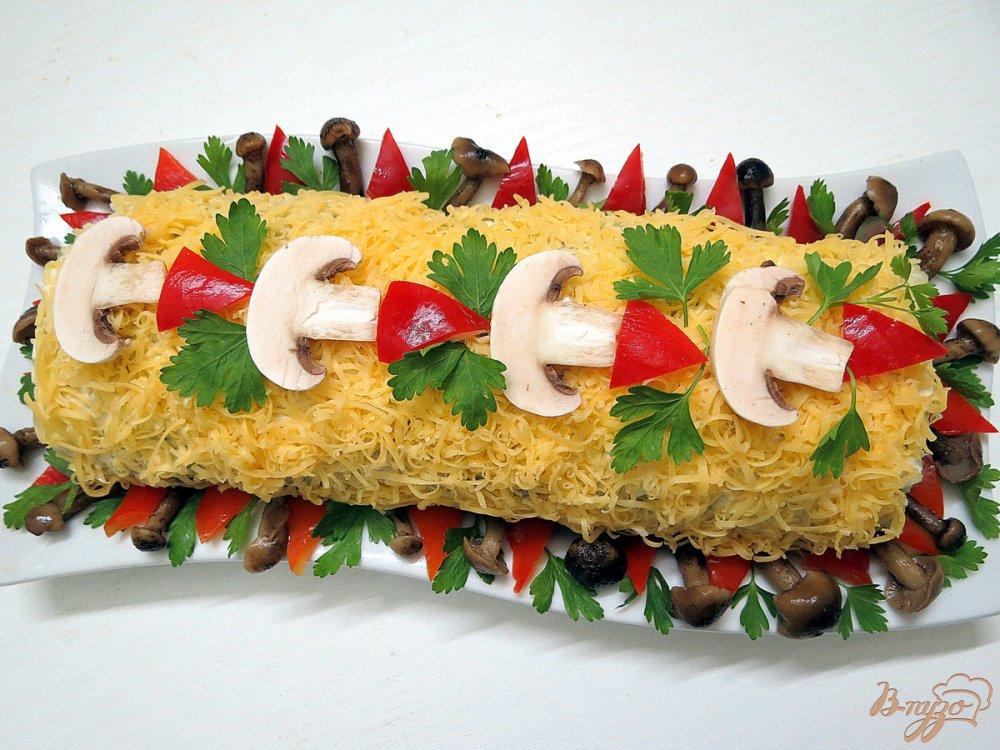 Фото приготовление рецепта: Рисовый рулет с грибами шаг №13