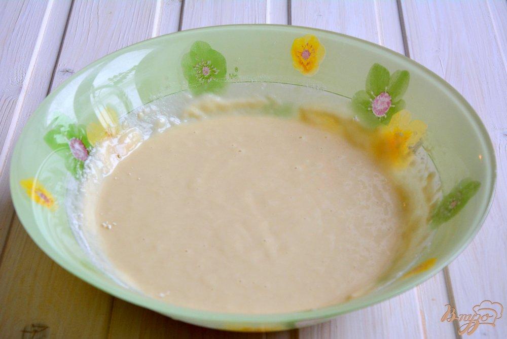 Фото приготовление рецепта: Постные медовые кексы с шоколадными каплями шаг №4