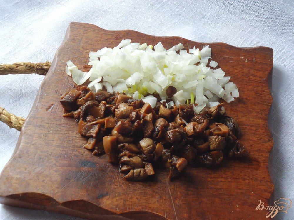 Фото приготовление рецепта: Суп-пюре чечевичный с грибами шаг №1