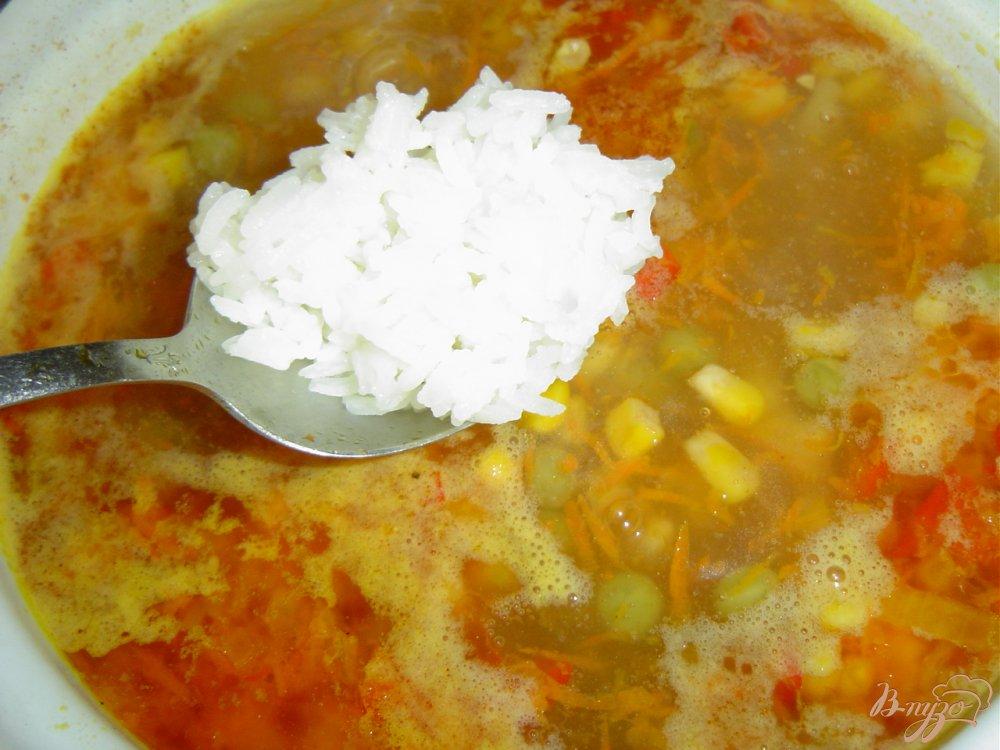 Фото приготовление рецепта: Постный рисовый суп с овощами шаг №6