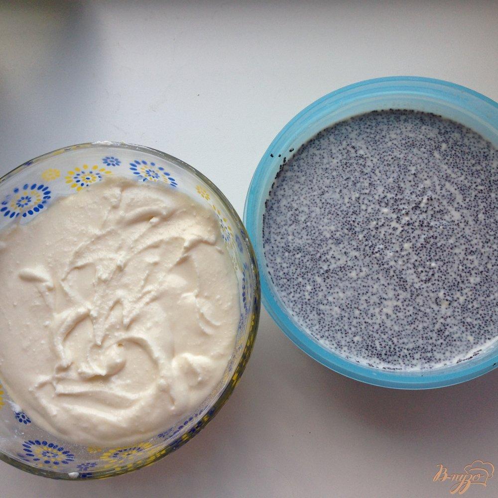 Фото приготовление рецепта: Пирог с творогом и маком шаг №7