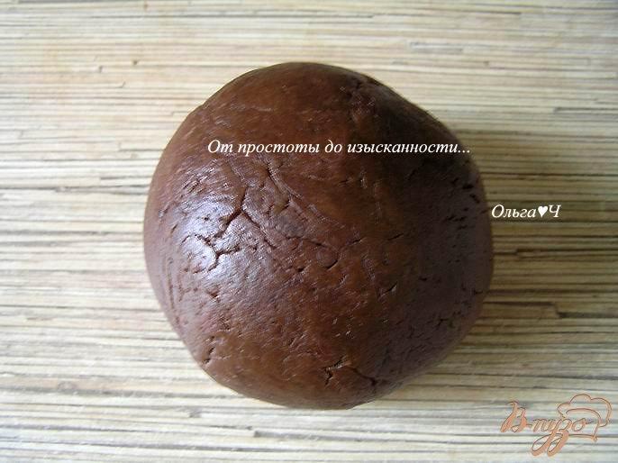Фото приготовление рецепта: Шоколадное печенье с шоколадным кремом шаг №3