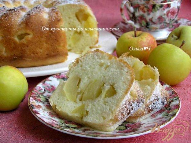 фото рецепта: Шарлотка с яблоками