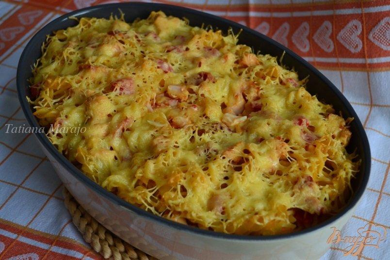 Фото приготовление рецепта: Запеканка из макарон с копченой курицей шаг №7