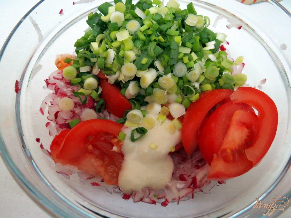 Фото приготовление рецепта: Салат с острой заправкой. шаг №6
