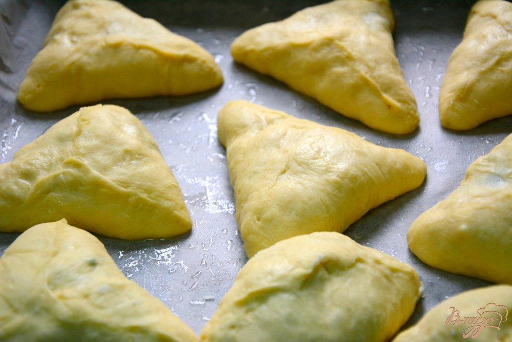 Фото приготовление рецепта: Пирожки на тесте без яиц шаг №10