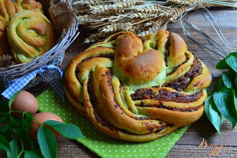 Фото приготовление рецепта: Сдобные пироги из мятного теста шаг №16