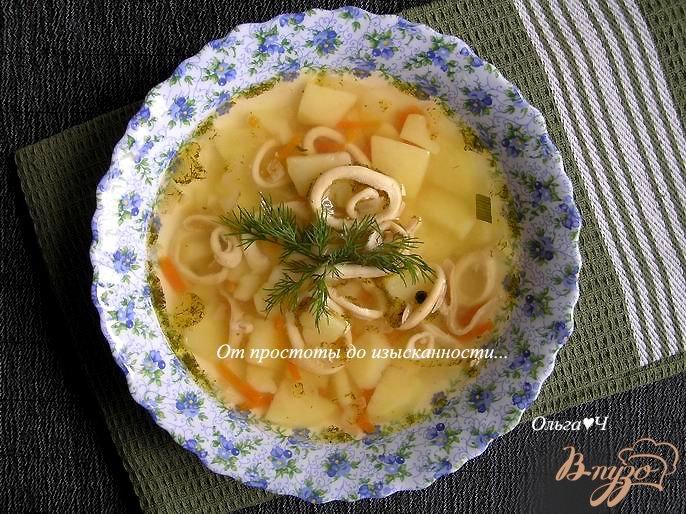 Фото приготовление рецепта: Овощной суп с кальмарами шаг №5