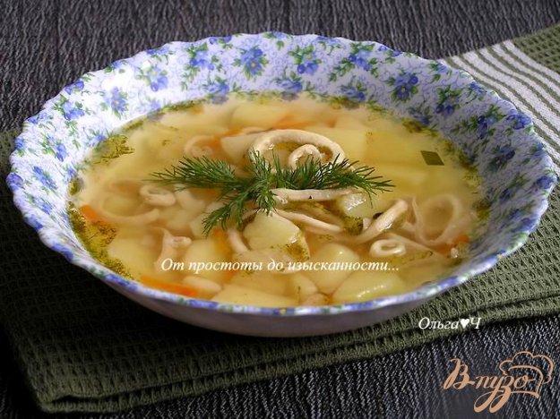 фото рецепта: Овощной суп с кальмарами