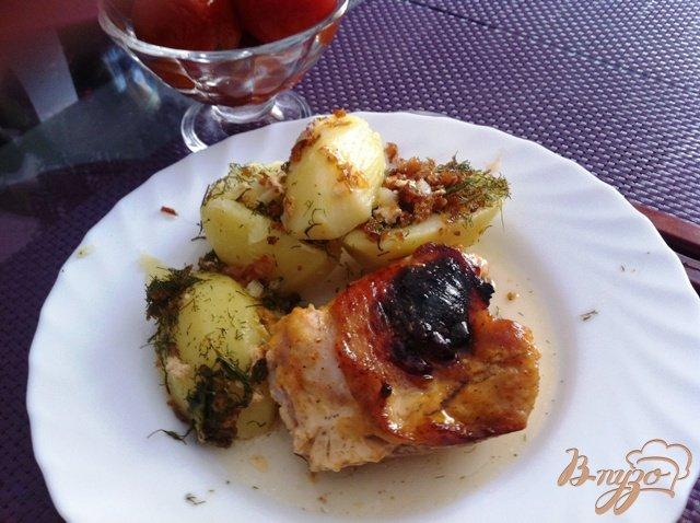 Фото приготовление рецепта: Куриные бедрышки в майонезе и мёде шаг №7