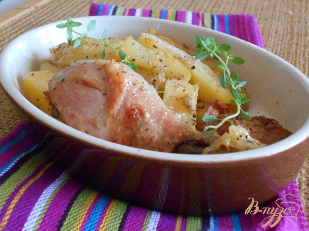фото рецепта: Куриные окорочка в йогуртово-лимонном маринаде с картофелем
