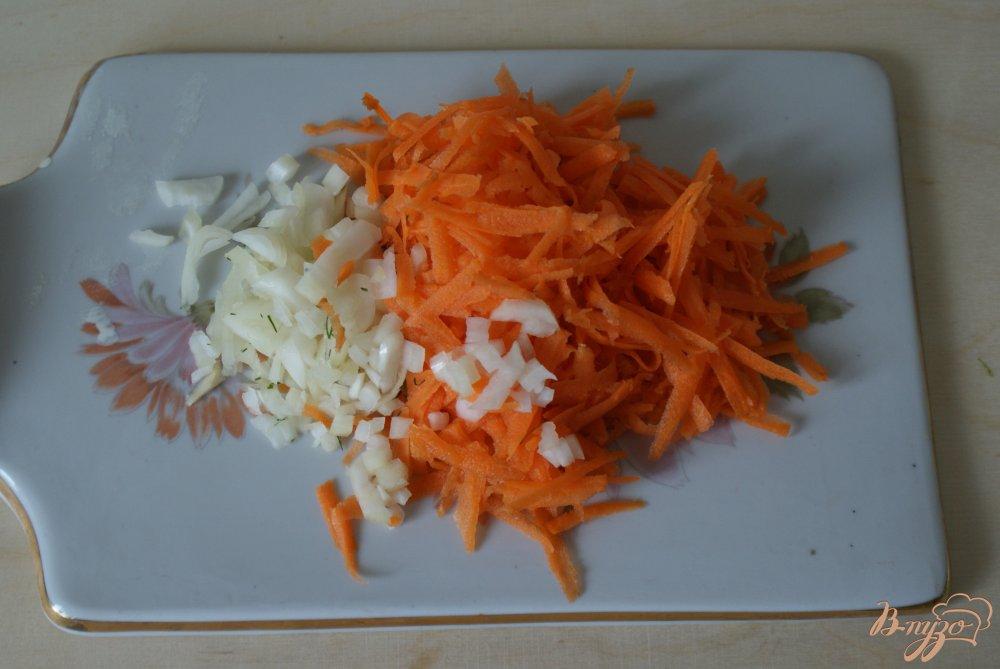 Фото приготовление рецепта: Суп с яичными блинчиками на курином бульоне шаг №8
