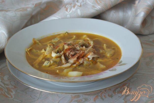 фото рецепта: Суп с яичными блинчиками на курином бульоне