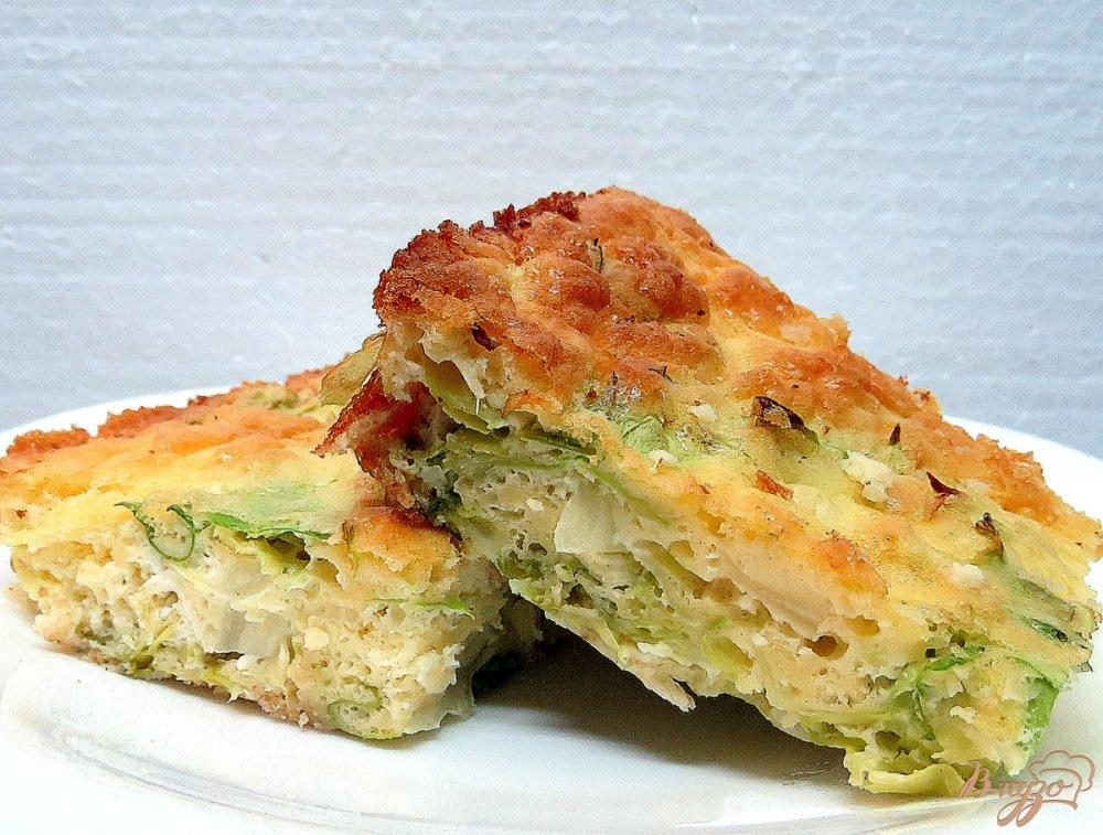Фото приготовление рецепта: Пирог с молодой капустой шаг №8