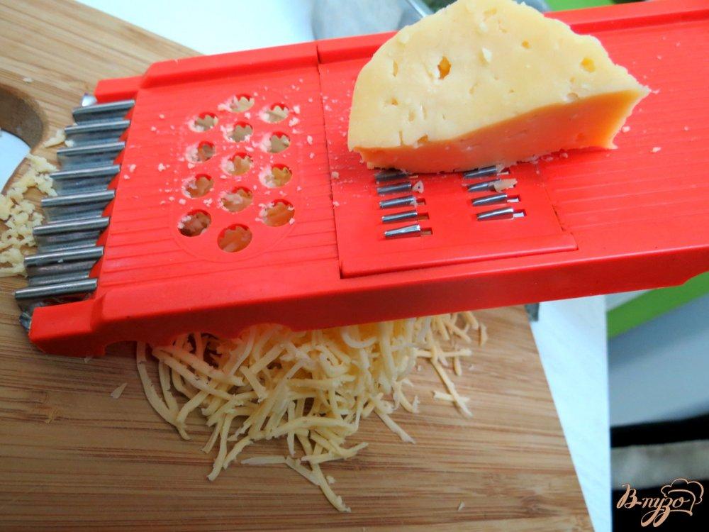 Фото приготовление рецепта: Салат со спаржевой фасолью и грибами шаг №7