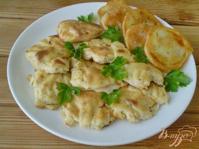 Фото приготовление рецепта: Куриное филе запеченное в кляре шаг №5