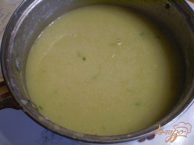 Фото приготовление рецепта: Суп-пюре из минтая шаг №6
