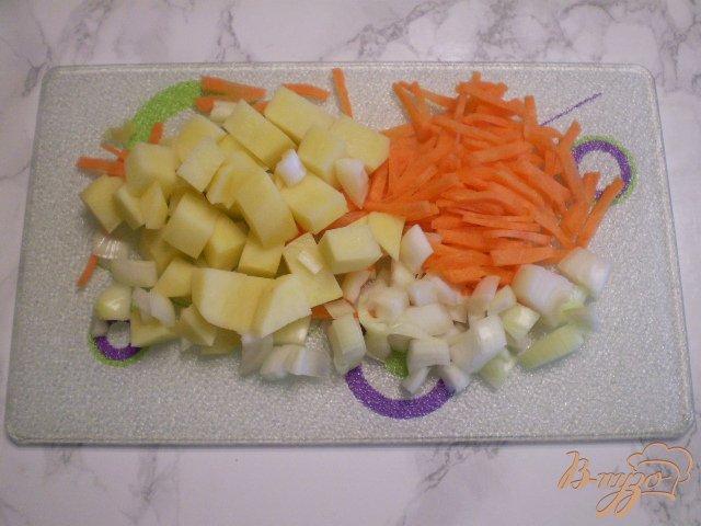 Фото приготовление рецепта: Суп-пюре из минтая шаг №3