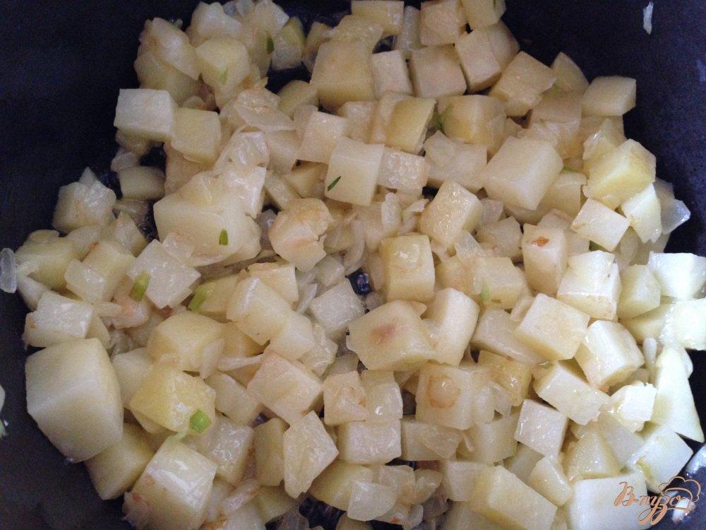 Фото приготовление рецепта: Крем-суп из шпината шаг №3