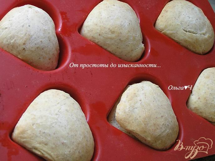 Фото приготовление рецепта: Ванильные булочки с отрубями шаг №7