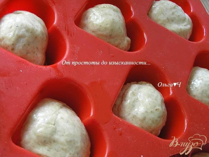 Фото приготовление рецепта: Ванильные булочки с отрубями шаг №6