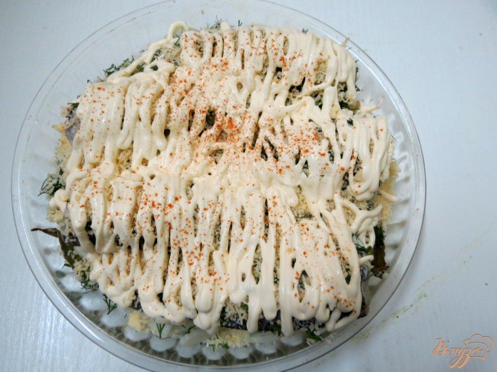 Фото приготовление рецепта: Нототения запеченная с чесноком и укропом. шаг №7