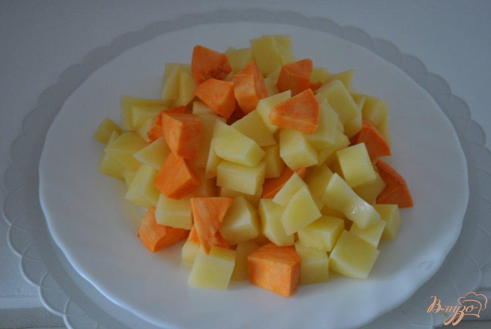 Фото приготовление рецепта: Суп с перцами и фасолью шаг №4