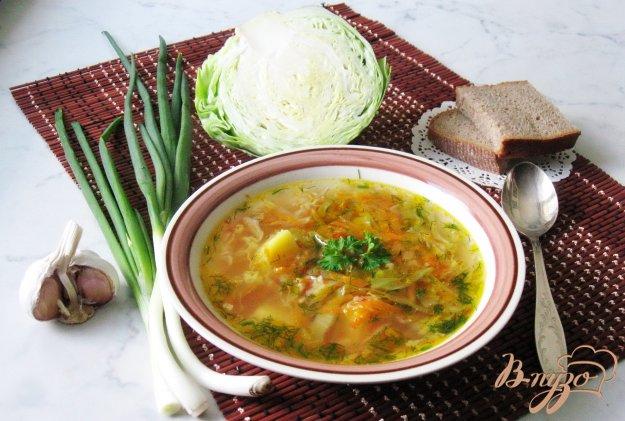 фото рецепта: Вегетарианские щи с молодой капустой